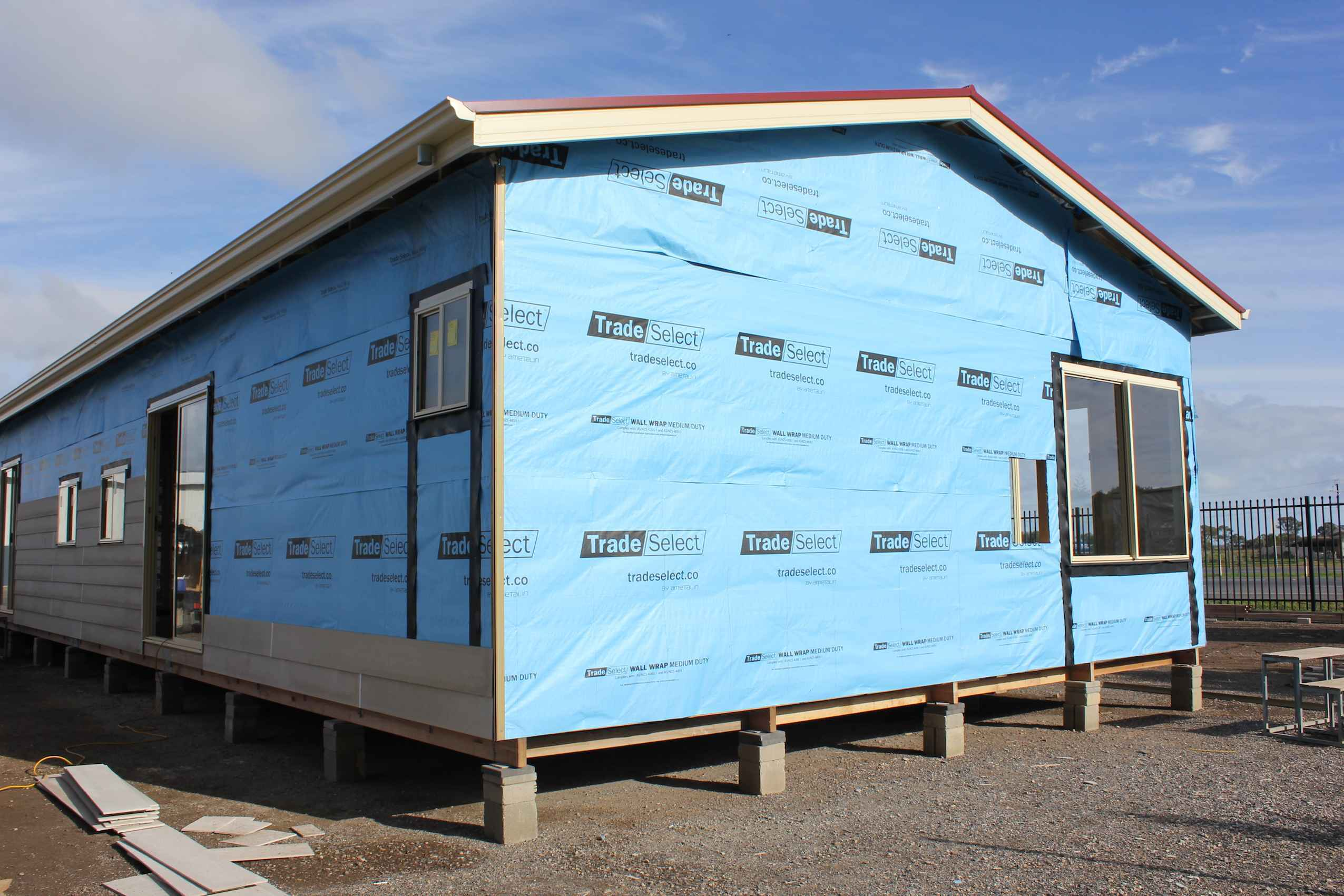 tradeselect-medium-duty-wall-wrap-application